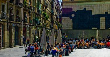 shbarcelona-piazza-raval